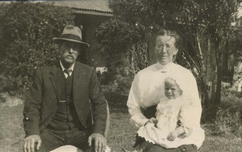 Mr and Mrs Armstrong with their small daughter, c1915