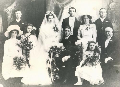 Wedding in 1911s