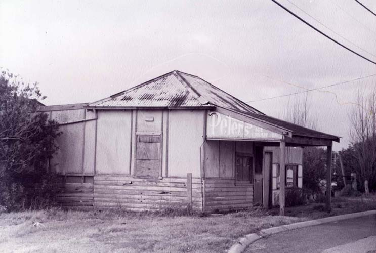 General store in Rigby Avenue, Spearwood